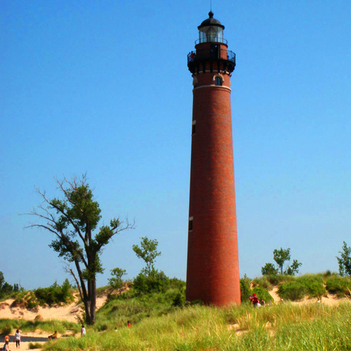 12 Places to Visit With Your Kids in Michigan Before They