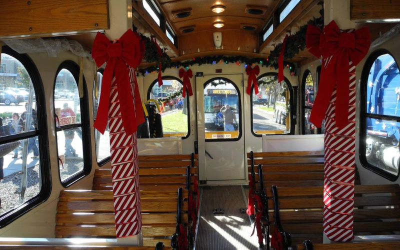Downtown Kalamazoo Holly Jolly Trolley
